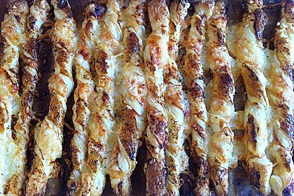 Käsestangen aus Blätterteig 28