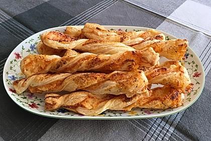 Käsestangen aus Blätterteig 3