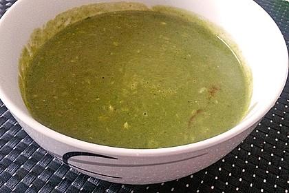 Spinat - Erbsen - Cremesuppe 11