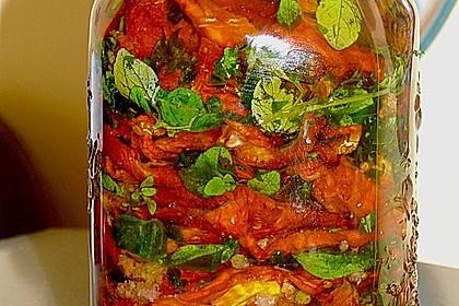 Getrocknete Tomaten pikant eingelegt