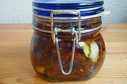 Getrocknete Tomaten pikant eingelegt 13