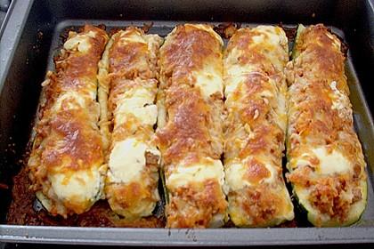 Zucchini mit Hackfleisch - Reis - Füllung 18