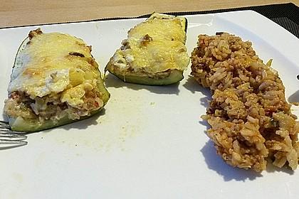 Zucchini mit Hackfleisch - Reis - Füllung 31
