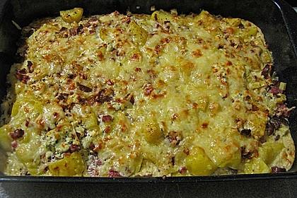 Ofenkartoffeln mit Bacon und Käsecreme überbacken