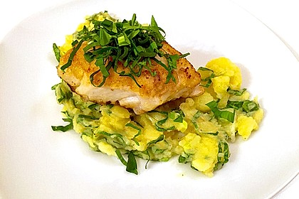 Maischolle auf Kartoffel - Bärlauch - Salat
