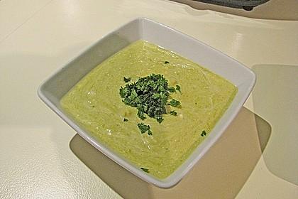 Grüne Spargelsuppe 1