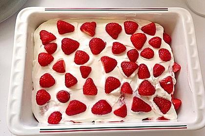 Erdbeer-Tiramisu 2