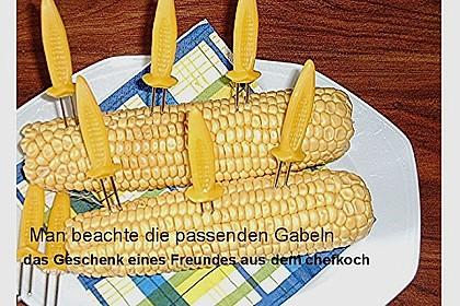 Maiskolben mit Butter 23