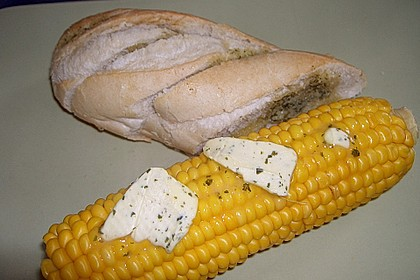 Maiskolben mit Butter 13