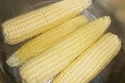 Maiskolben mit Butter 17