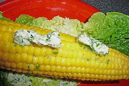 Maiskolben mit Butter 16
