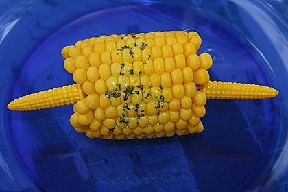 Maiskolben mit Butter 19