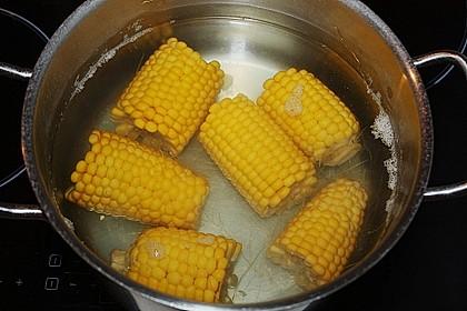 Maiskolben mit Butter 21