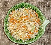 Krautsalat mit Karotten (Bild)