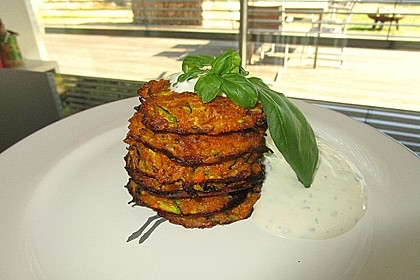 Möhren - Zucchini - Bratlinge 2