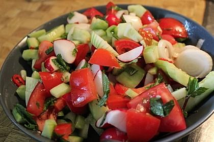 Kachumbar - ein frischer Salat aus Indien (Bild)