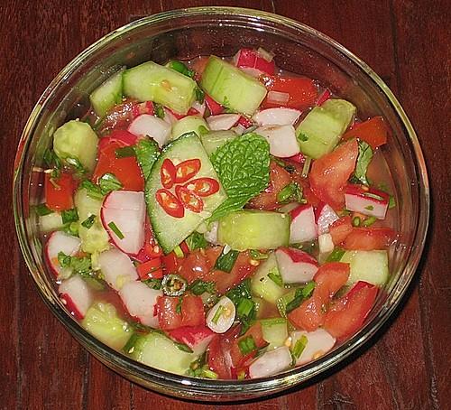 kachumbar ein frischer salat aus indien rezept mit bild. Black Bedroom Furniture Sets. Home Design Ideas
