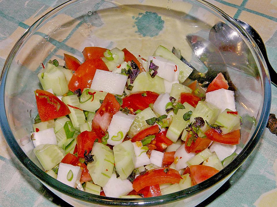 kachumbar ein frischer salat aus indien von dorry. Black Bedroom Furniture Sets. Home Design Ideas