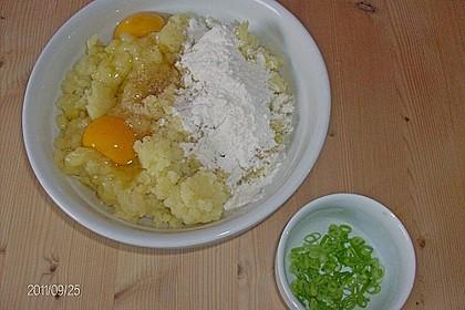 Bayerische Kartoffelplätzchen 5