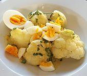 Karfiol mit Eier - Kräuter - Sauce