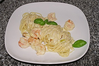 Spaghetti mit Crevetten in Zitronenrahm 1