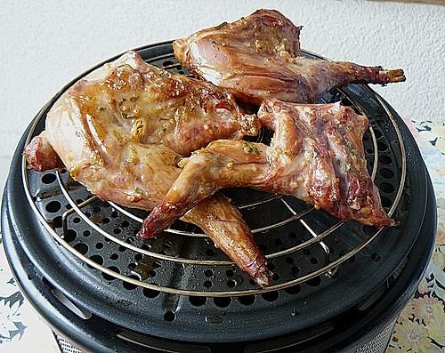 t ginger kaninchenkeulen auf dem cobb grill rezept mit bild. Black Bedroom Furniture Sets. Home Design Ideas