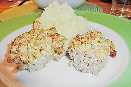 Filet vom Huhn mit Walnuss-Knoblauch-Kruste 55