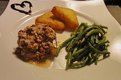 Filet vom Huhn mit Walnuss-Knoblauch-Kruste 21