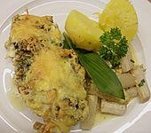 Filet vom Huhn mit Walnuss-Knoblauch-Kruste (Bild)