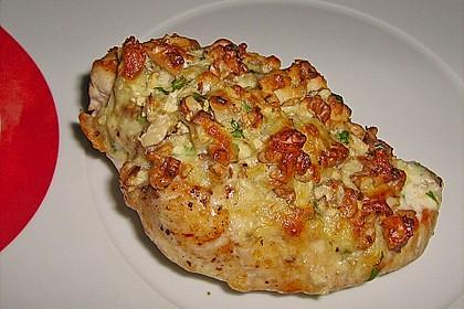 Filet vom Huhn mit Walnuss-Knoblauch-Kruste 12