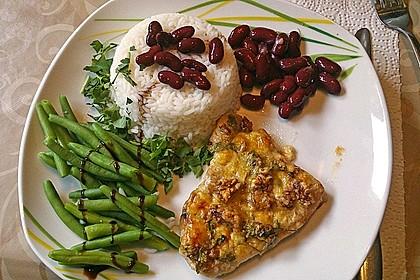 Filet vom Huhn mit Walnuss-Knoblauch-Kruste 7