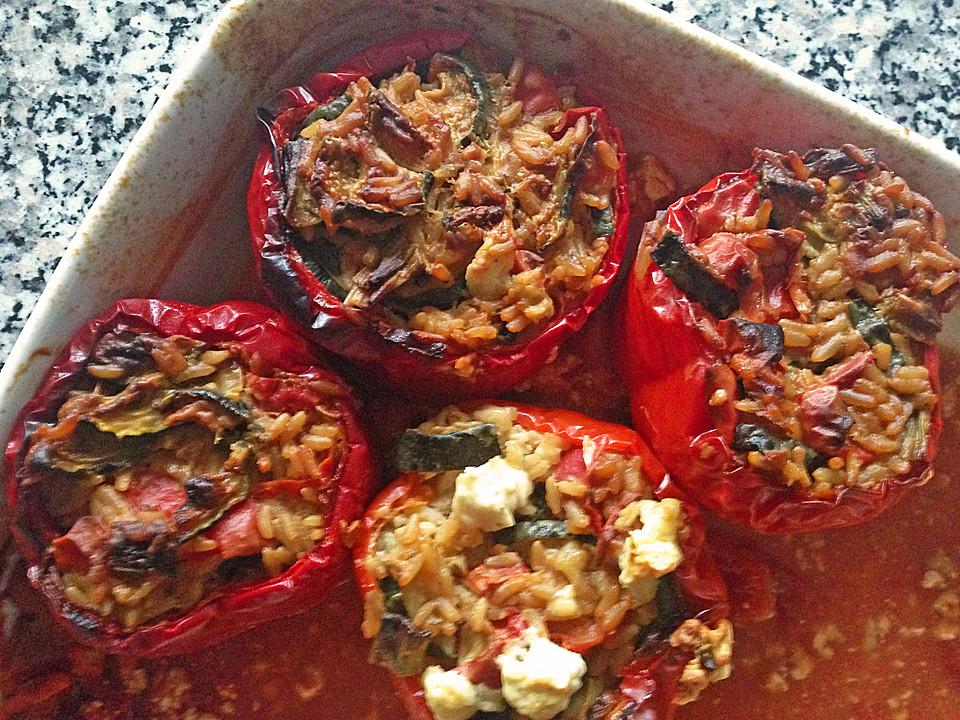 vegetarisch gef llte paprika mit feta rezept mit bild. Black Bedroom Furniture Sets. Home Design Ideas