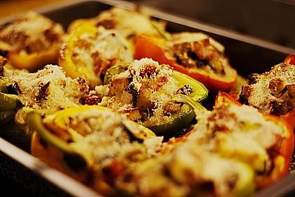 Mit Ratatouille gefüllte und überbackene Paprika 5