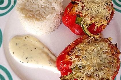 Mit Ratatouille gefüllte und überbackene Paprika 10