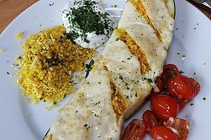 Mit Couscous gefüllte und überbackene Zucchini 6