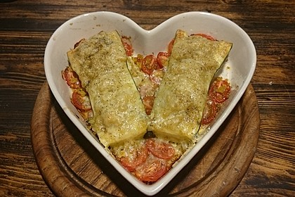 Mit Couscous gefüllte und überbackene Zucchini 12