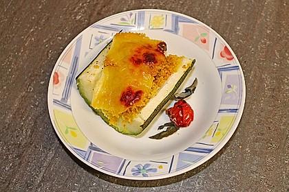 Mit Couscous gefüllte und überbackene Zucchini 13