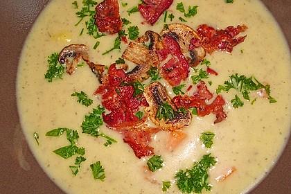 Feine Kartoffelsuppe mit Croûtons und Baconaroma 18