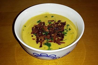 Feine Kartoffelsuppe mit Croûtons und Baconaroma 23