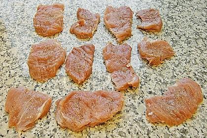 Schweinefilet auf Süßkartoffelpüree mit Lebkuchenjus und Rosenkohl 61