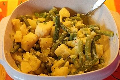 Kartoffelsalat mit grünen Bohnen 9
