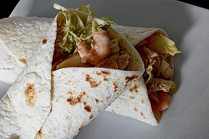 Wrap mit Chinakohl und Shrimps