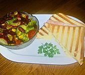 Käse - Schinken - Toast mit Paprika und Chili