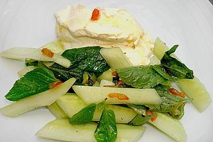 Gurken - Minze - Salat mit Mascarponecreme 2