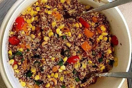nussiger quinoa salat rezept mit bild von badgirlofparis. Black Bedroom Furniture Sets. Home Design Ideas