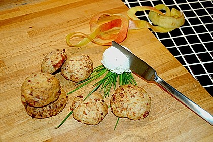 Pikante Apfel - Käse - Scones