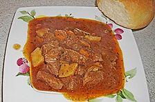 Urmelis Bierfleisch mit Kartoffeln und Karotten