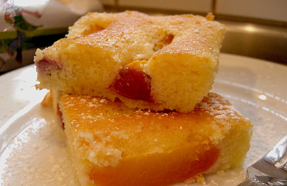 Joghurt nektarinen kuchen