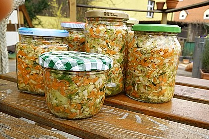 Eingesalzenes Gemüse für Gemüsebrühe 10
