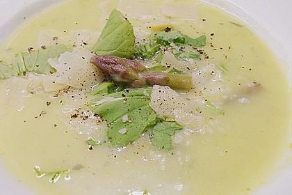Kartoffel-grüner Spargel-Suppe 1